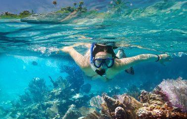 Snorkeling in Angthong Marine Park
